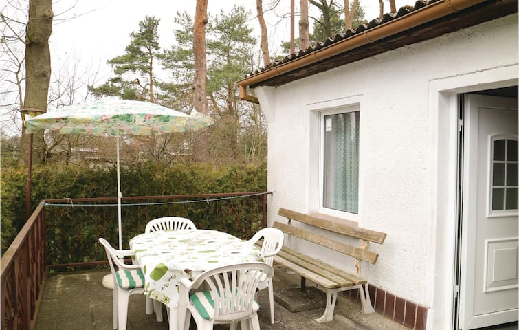 Semi-Detached with 1 bedroom on 32 m²