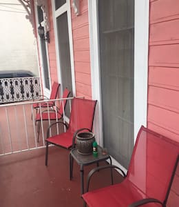 Charming Hm5 min to French Qtr/CBD - New Orleans
