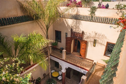 riad Jan .b INCLUDED transfer airport-riad. 24/24h