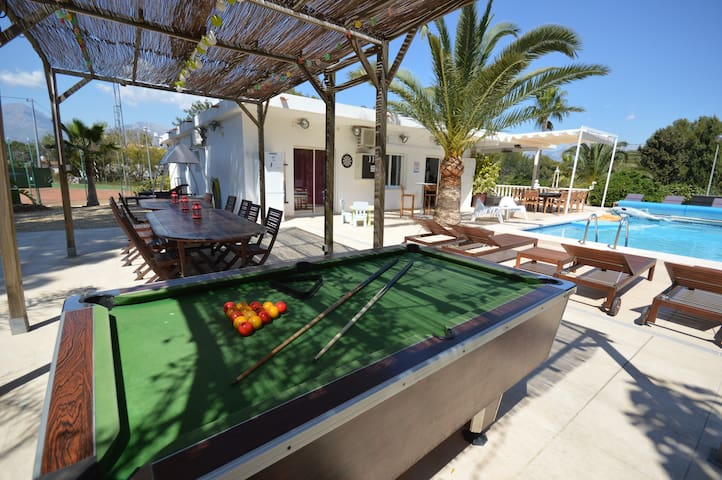 Villa in Albir-playa close to Benidorm