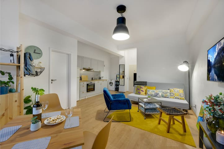 Compact and snug apartment in old town