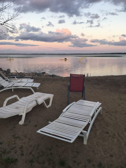 Lake View Cabin 50ft from beach in Ottertail Cty