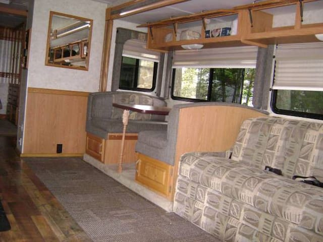32' RV motor home to explore the Jersey Shore.