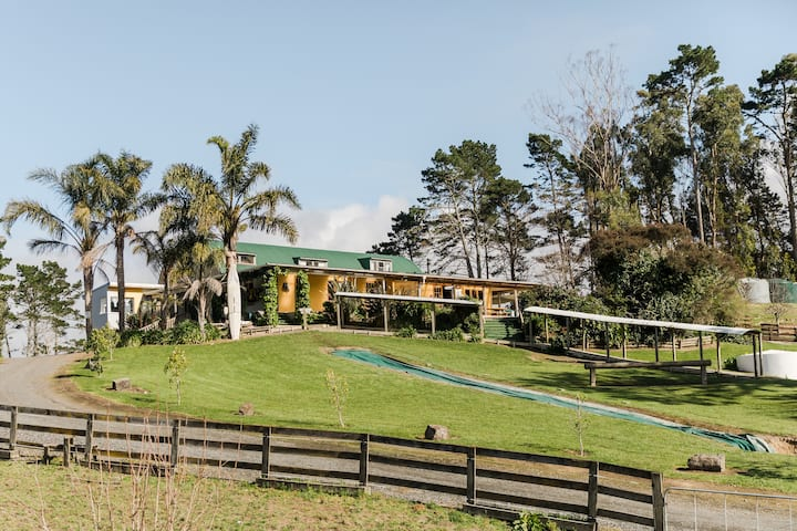 Lakewood Lodge-perfect for large family gatherings