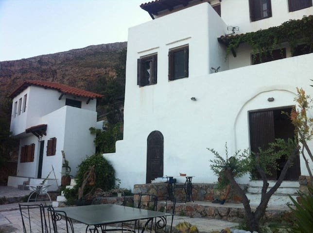 Traditional Villa panoramic view of Elafonisos - Neapoli Vion - Talo