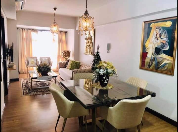 Elegant One-Bedroom in Salcedo Makati
