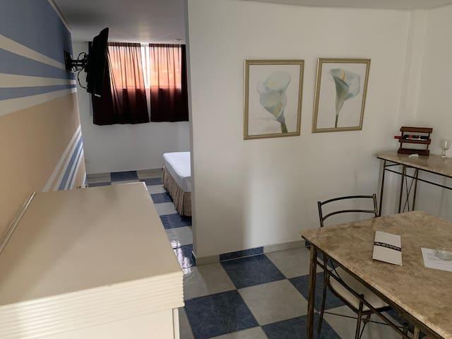 Suite 40