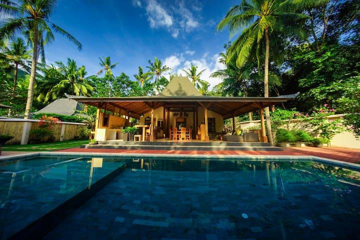 Beautiful 'Villa Joglo' at Setangi Beach, Senggigi