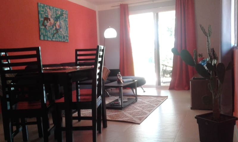 Cozzy apartament with view teracce and pool