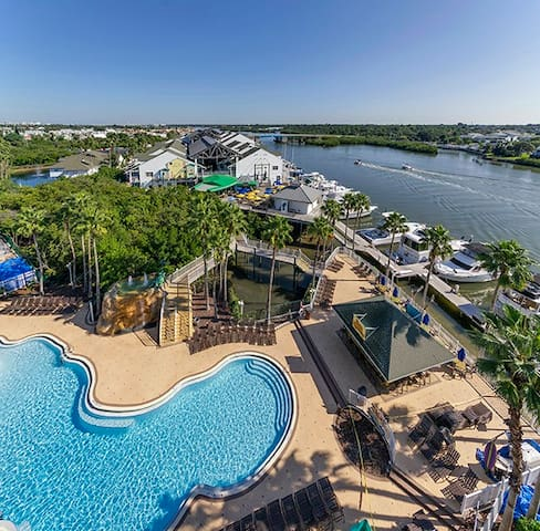 Waterpark Condo - On the water!