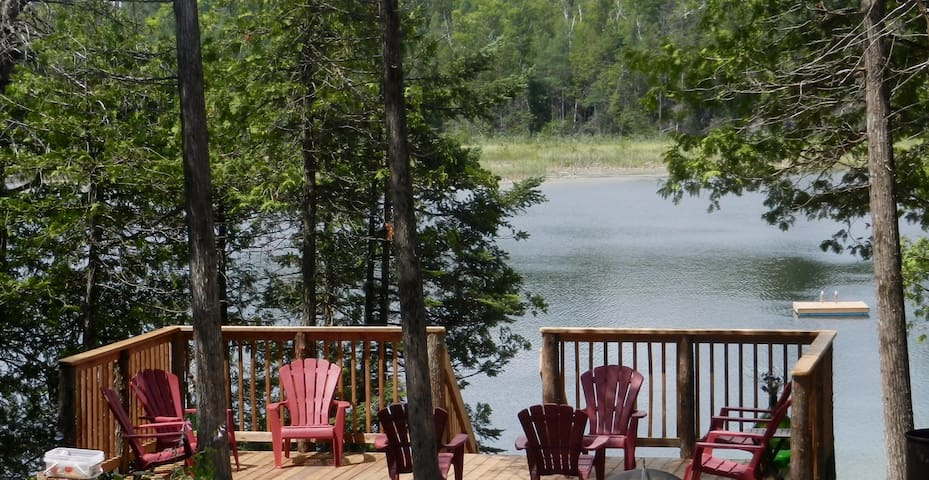 Gorgeous Waterfront Retreat - Bobcaygeon - Cabin
