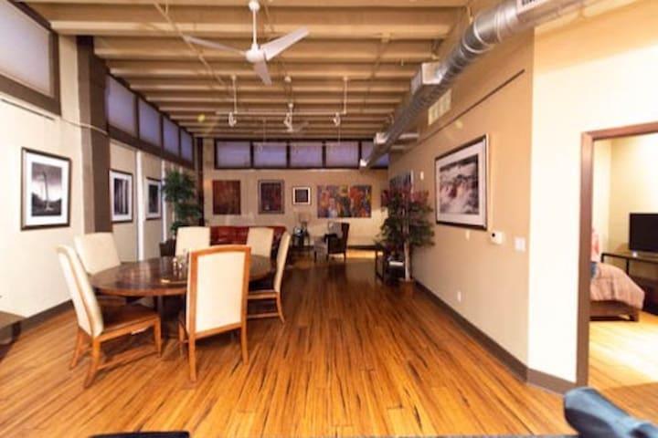 Nice modern apartment in Downtown San Antonio,Tx.