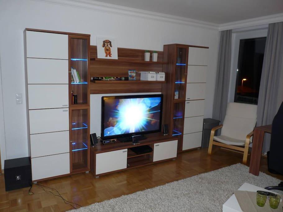gro z giges modernes messe zimmer flats for rent in. Black Bedroom Furniture Sets. Home Design Ideas