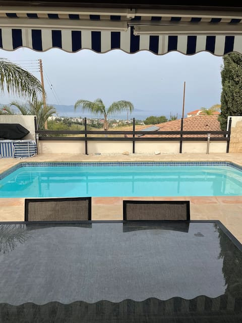 Stunning 3 bedroom villa, with picturesque views.