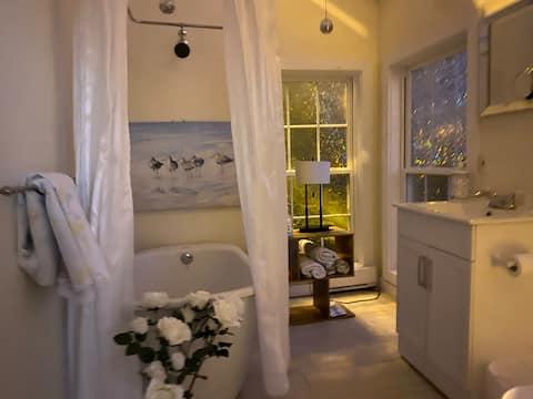 Salt Water Joys 1 bedroom suite