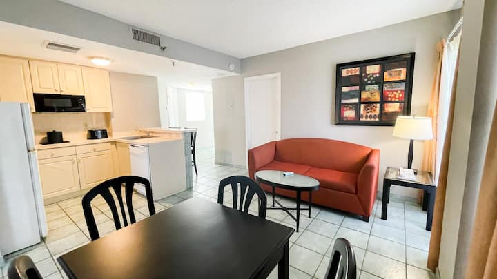 Great 2/2 Apartment close to I-drive and Universal