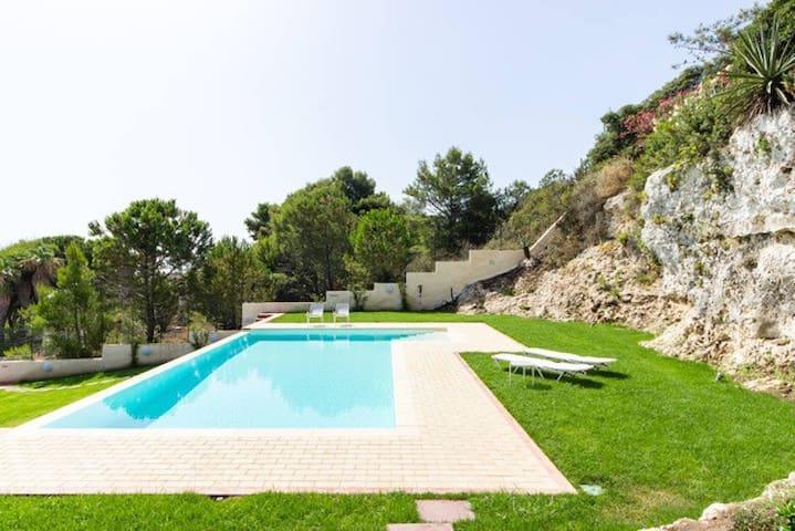 Villa on the sea near Siracusa