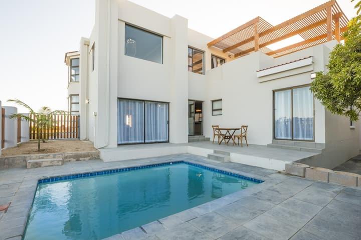 Kleinkrantz Beach Villa
