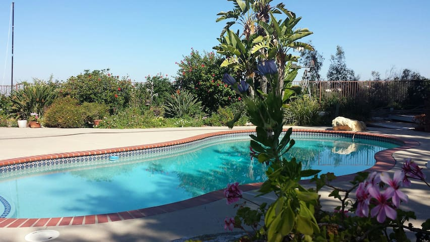 Hilltop Sunset View, Adult only private Pool/Spa - Mission Viejo