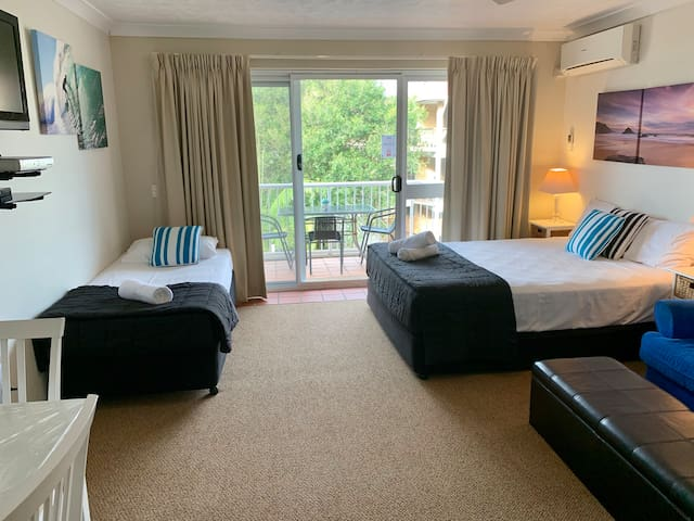 Outrigger Burleigh - Superior Triple Room