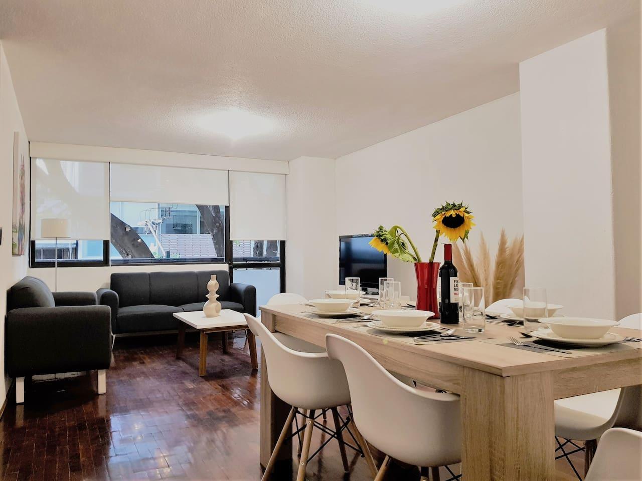 Cozy Apartment with exterior balcony 124m2 (1334sq ft)