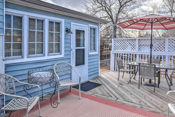 NEW! 3BR Castle Rock Cottage w/Spacious Deck! - Castle Rock - Haus