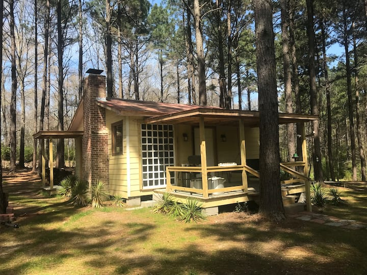 The Cabin at Mount Repose