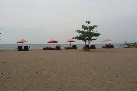 A Room near the Kuta Beach - Kuta - Bed & Breakfast