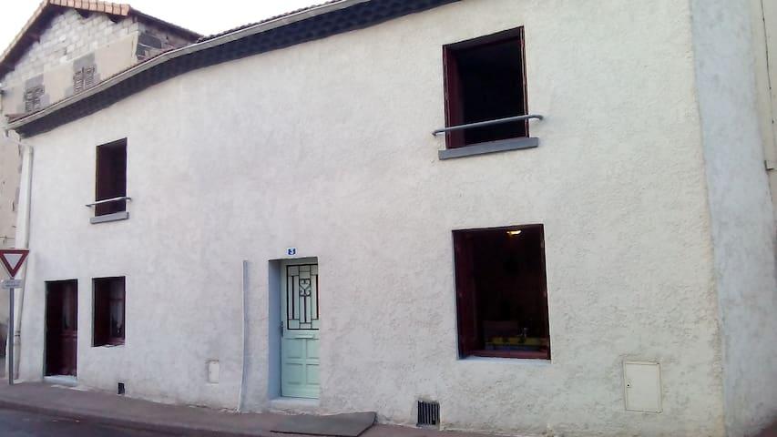 ma vie la - Paulhaguet - House