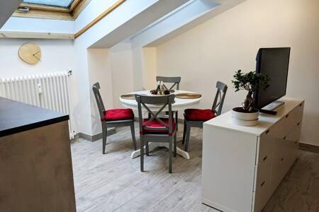 Modernes, gemütliches Dachstudio