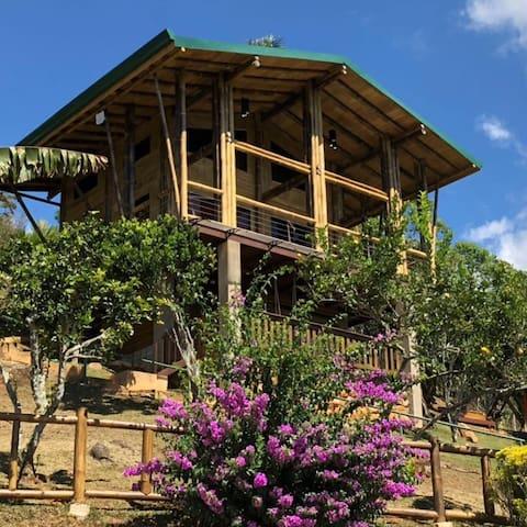 Cabaña Valverde Cozy Cabin & Amazing Views