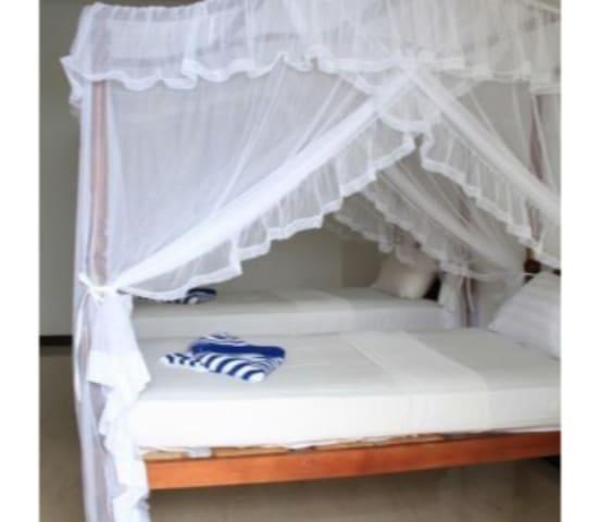 Kamar tidur 16
