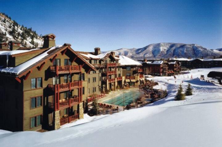 Marriott The Ritz-Carlton Club Aspen Highlands 2BD