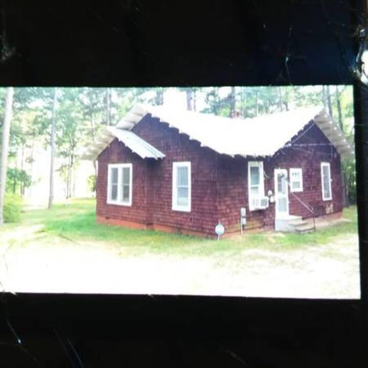 Hurricane Irma Evacuee-Our Lake House is available
