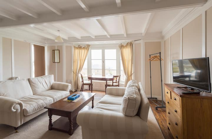 Ensuite Family Room in Townhouse