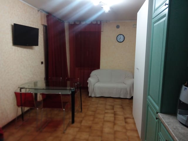 NICE APPARTMENT 20 KM OF PADOVA AND 10 FROM ABANO - Conselve - Daire