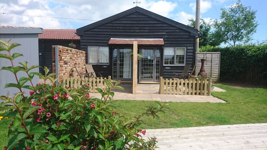 The Alde and Deben Chalet Apartments and Parking - Woodbridge - Apartamento