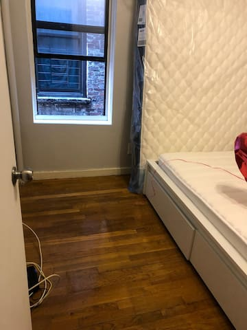 Nice and clean room in classy UPPER EAST SIDE!