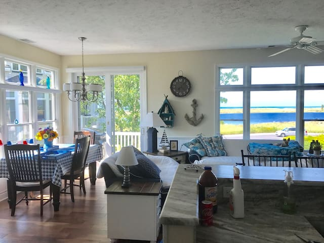 Completely Updated Lake View Condo