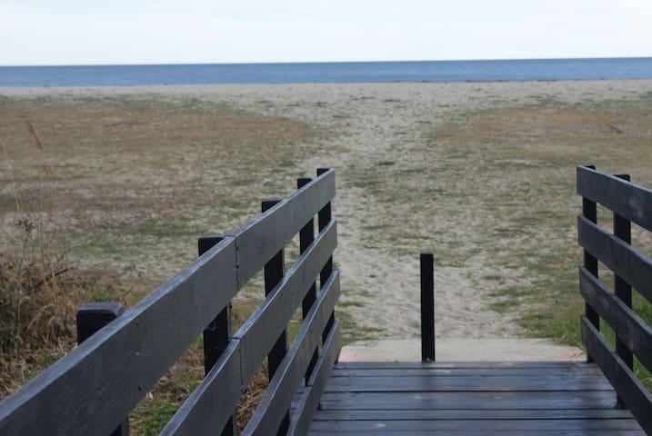 Mini villa en bord de mer, plage de sable fin - Ghisonaccia - Rumah