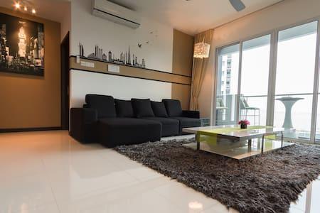 New Designer Sea View Condo - Perfect for Holiday! - Gelugor - Apartment