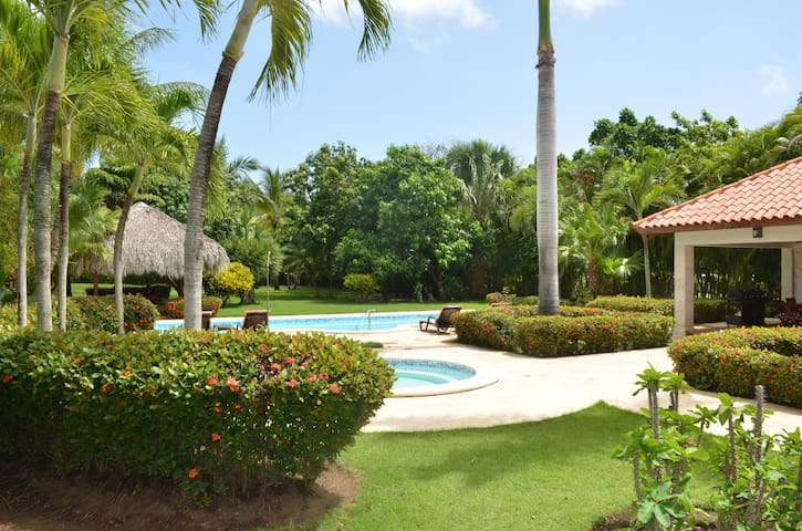 Cocotal Golf Villa - Middle of Everything