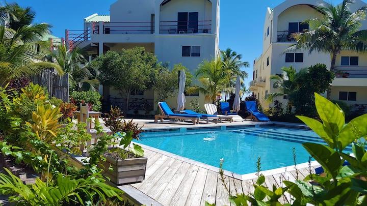 Resort Pool View Condo- Unit 606