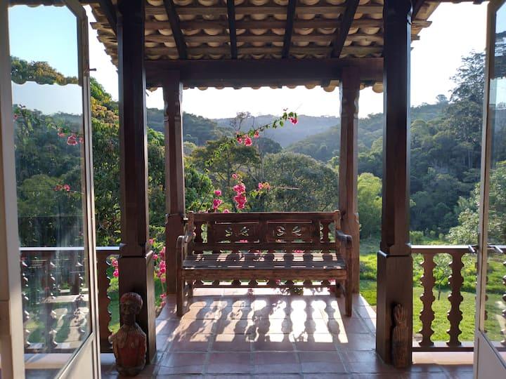 São Roque: casa de campo com lago