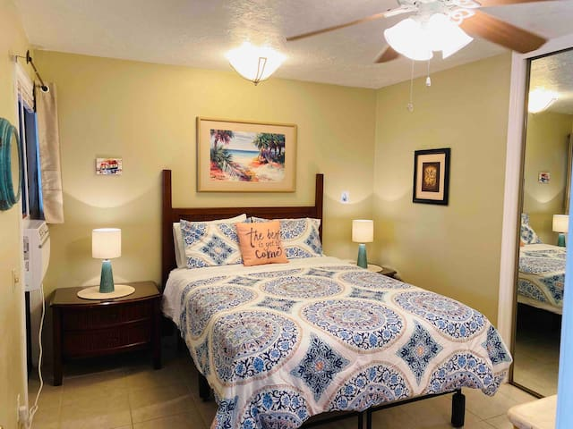 Wonderful Queen bedroom with private full bath