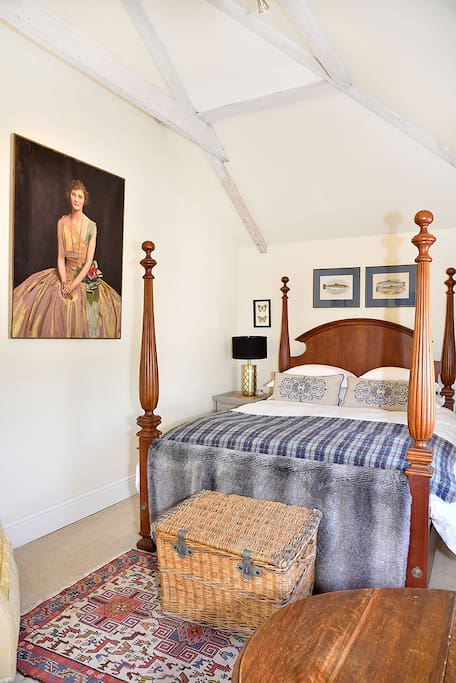 High ceilings provide an airy and comfortable atmosphere surrounded by Estate history.  The mountains can be seen from double aspect views.  There is another basin in the bedroom.  Once inside the apartment it is totally private.