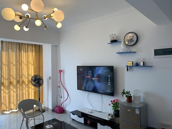 全景观越南、红河紫檀星苑高层两居室公寓民宿