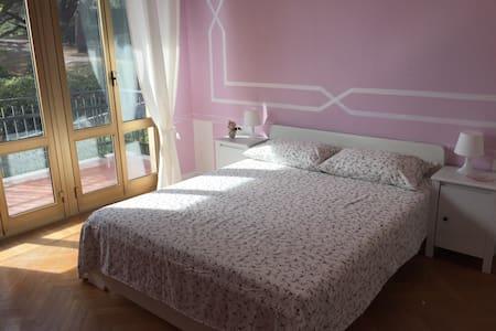 Liguria | Oneglia Awesome Apartment on the Sea 2NW - Imperia - Lägenhet