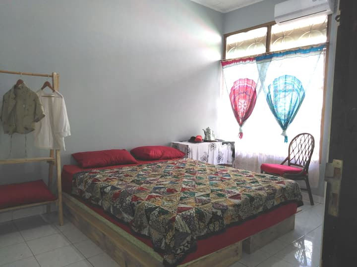 Khatumbiri Yogya - Double Bed private bathroom
