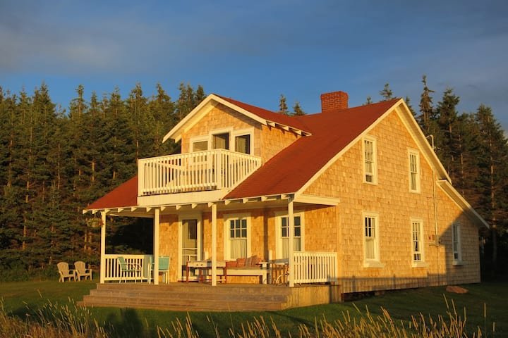 Seaside rustic cottage